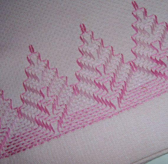 Vintage Pink Fingertip Towel Swedish Weaving by AuntPhebasVintage, $8.00