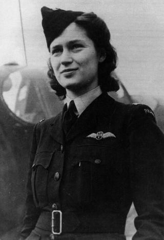 "2d O Jadwiga Piłsudska served in the ATA between July 1942 and July 1944, as one of several Polish ferry pilots in Britain. Initially, she flew training and light transport aircraft before graduating to fighters, the Spitfire being her personal favourite. Piłsudska was described by her superiors as ""of above average skills"", allowing her to fly Class 4 aircraft, which included advanced twin-engined aircraft such as the Wellington and Mosquito in addition to fighters and transport aircraft."