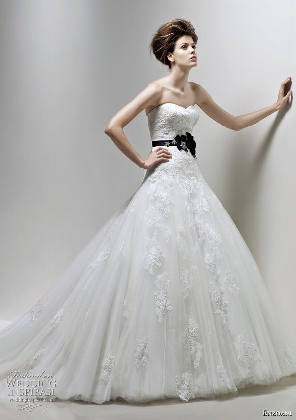 This is the typical girls version of my dress. Haha. I like mine better but this probably would have been second choice.