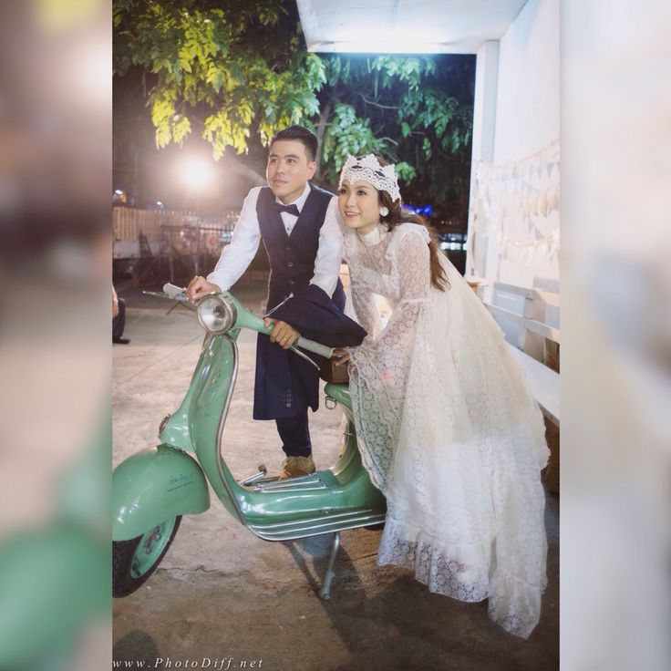 Surprise Bride S Pinterest Board Is Brought To Life: 17 Best Ideas About Vespa Wedding On Pinterest