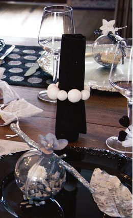 we love this for adult birthdays, corporate events and weddings. This black, white and silver accented styling looks clean, fresh and has a lovely modern style