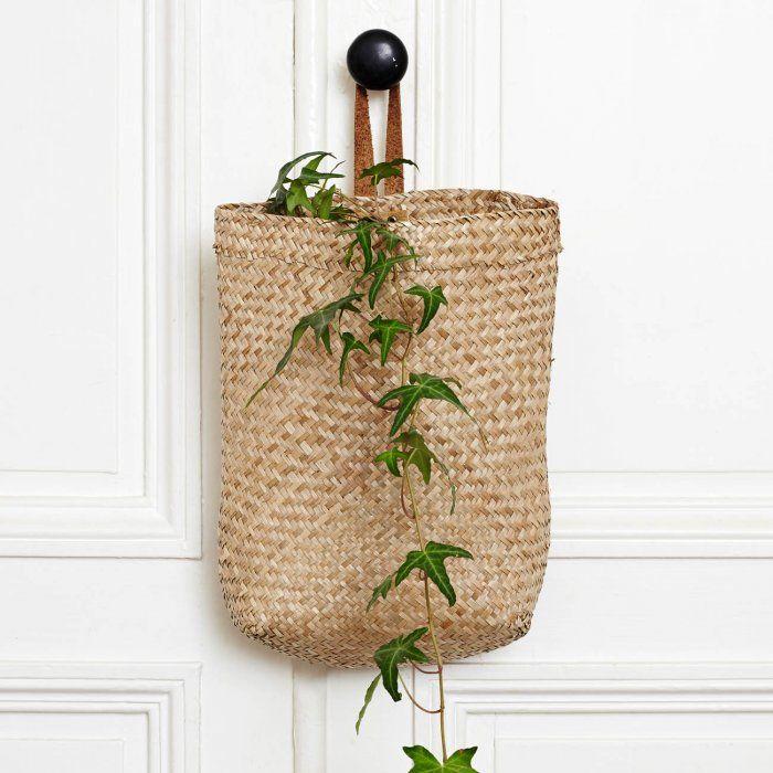 cheap panier suspendre en jonc de mer disponible sur le petit florilge joli panier suspendre en. Black Bedroom Furniture Sets. Home Design Ideas