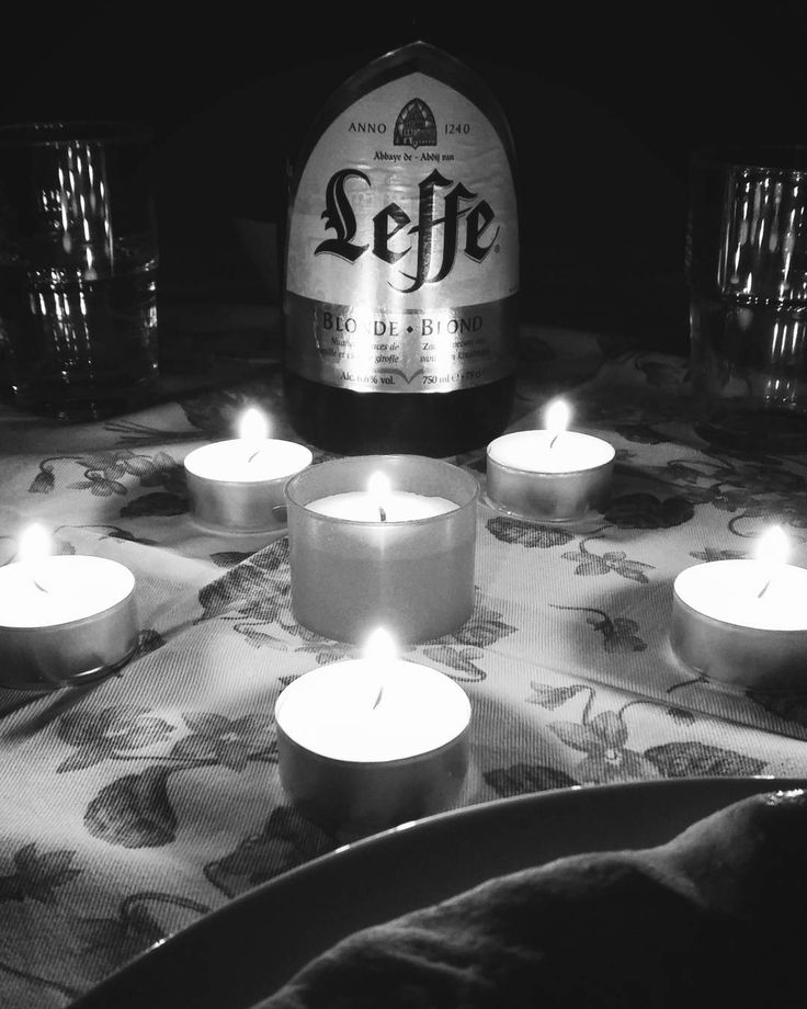 Energy Saving Day #milluminodimeno . I am very happy because without TV we enjoyed our dinner in family talking about funny things serious problems and especially listening to each other  . #energy #energysaving #caterpillar #radio2 #dinner #beer #pizza #candles #candle #food #risparmioenergetico #lumedicandela #19febbraio #rai #italia #italy #candela #cena #leffe #light #blackandwhite #birra #home #amore #bestoftheday #love #solocosebelle #ig_italy #foodporn