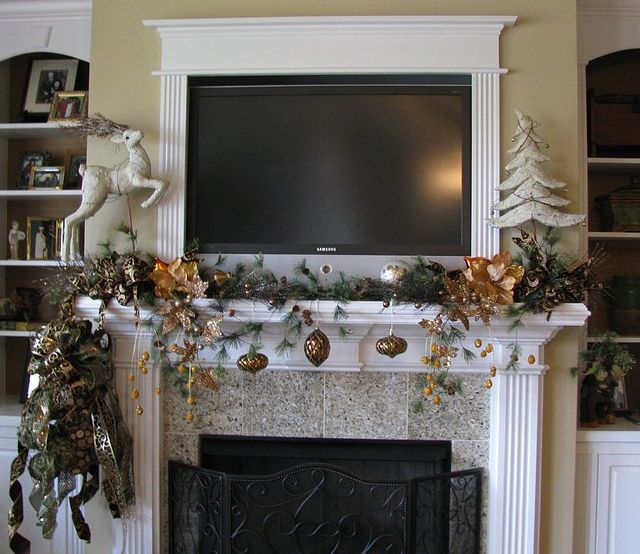 Christmas mantel decorating ideas with tv - Mantel decor ideas with tv ...