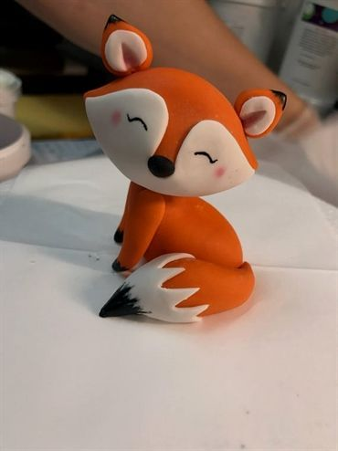 Sweet little fox fondant with edible color …