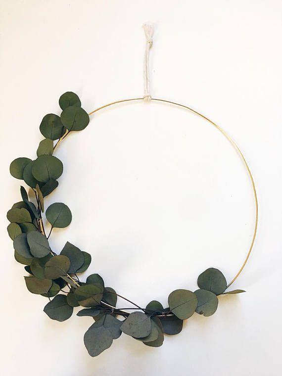 adventskranz mit eukalyptus. Black Bedroom Furniture Sets. Home Design Ideas