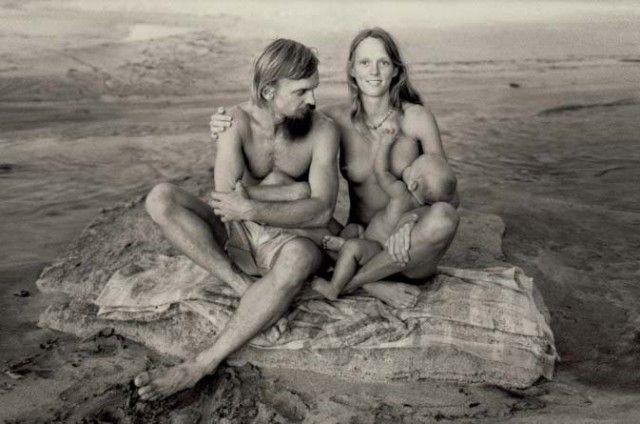 Χαμένος Παράδεισος: Το χίπικο αυτόνομο καταφύγιο της Χαβάης (1969-1977) - RETRONAUT - Lightbox - LiFO