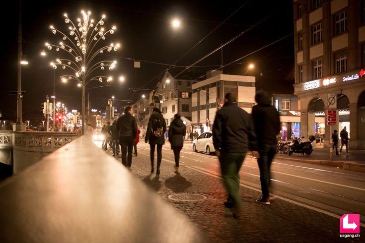 Die Bildergalerie mit den besten Partyfotos zum Event Zürich Pub Crawl, 08.12.2016, Paradeplatz Zürich findest du auf usgang.ch @ http://zuerich.usgang.ch/picture.php/thumbnails?n=708980&p=5084619