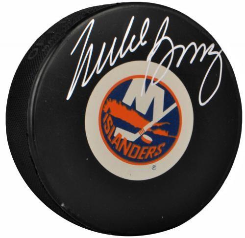 Mike Bossy Autographed Hockey Puck - JSA #SportsMemorabilia #NewYorkIslanders