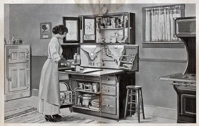 Hoosier Cabinet 1915