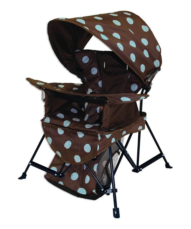 Help Baby beat the heat with this indoor and outdoor chair. Featuring fade-, stain- and mold-resistant fabric and equipped with a detachable sun bonnet and removable tray, it ensures a happy camper for every trip.