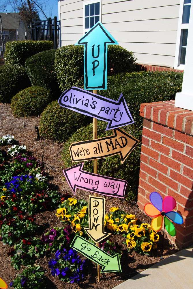Alice in Wonderland Birthday Party Ideas | Photo 10 of 23 | Catch My Party I LIKE THE IDEA OF A ROAD SIGN!