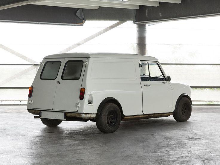 Leyland Minivan