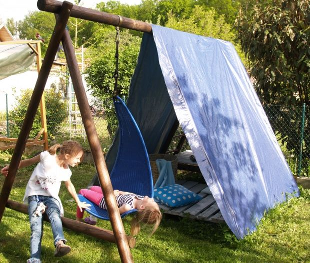 Outdoor play fort