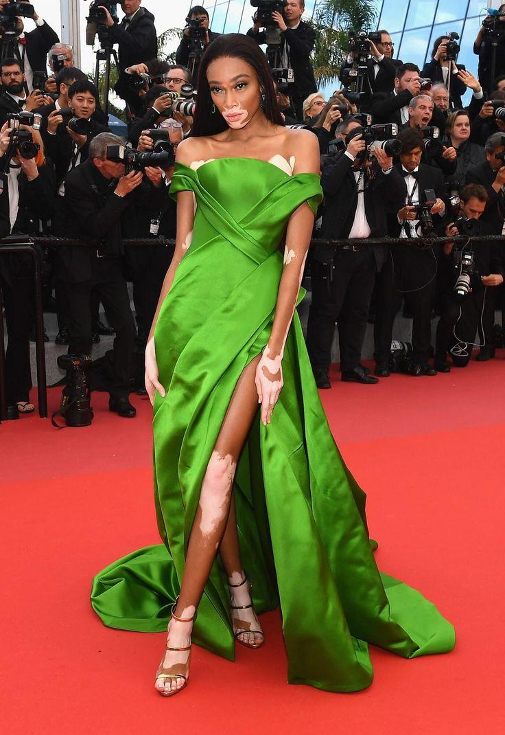 Winnie Harlow, Palais Des Festivals, Red Carpet Dresses, Red Carpet Looks, Cannes Film Festival, Red Carpet Fashion, Green Dress, Strapless Dress Formal