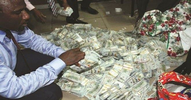 """The """"young man"""" who blew the whistle on the money recovered from an apartment in Ikoyi, Lagos, is now a millionaire as he has been officially compensated.  The Economic and Financial Crimes Commission (EFCC) said the man was rewarded with percentage of the recovered."""