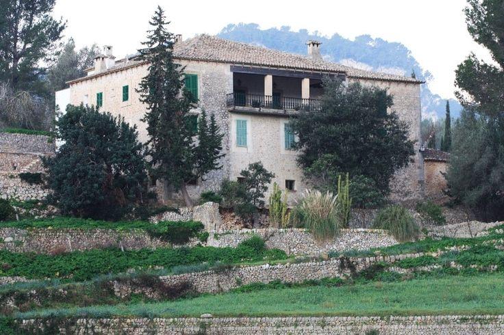 Bemerkenswertes Herrenhaus des XVIII Jahrhunderts in Puigpunyent - Living Scout - die schönsten Immobilien auf MallorcaLiving Scout – die schönsten Immobilien auf Mallorca