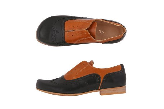 Leather shoes womens oxford Black and camel flat by ADIKILAV