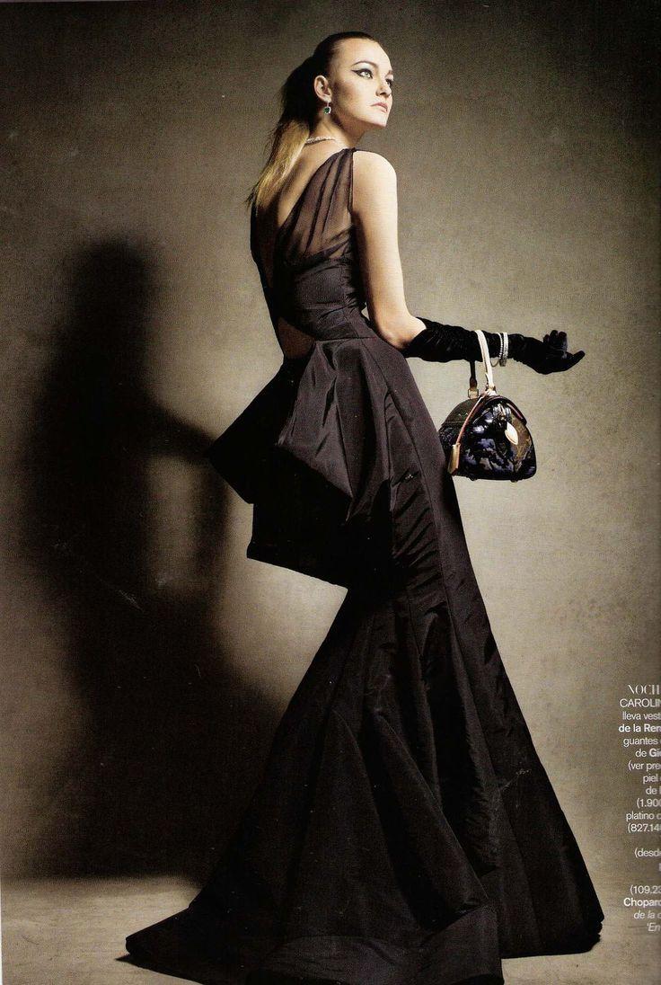 Black gloves evening wear - Caroline Trentini Vogue Espana November 2010