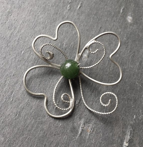 Sterling Silver Filigree Shamrock Necklace with a Green