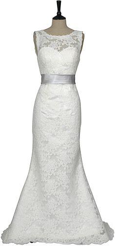 Lace fishtail wedding dress