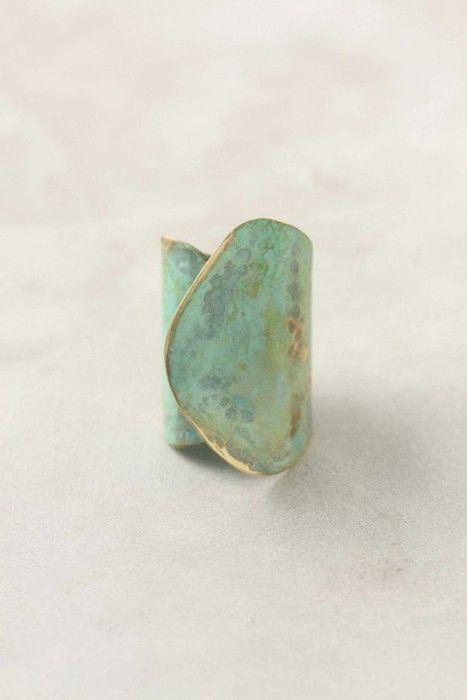 gorgeous mint/turq ring