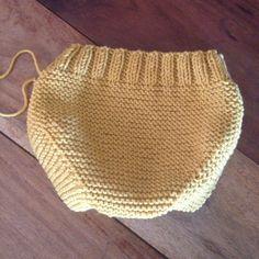 tutorial puntomoderno.com, braguita de bebé tejida a dos agujas, knit diaper cover, also english pattern