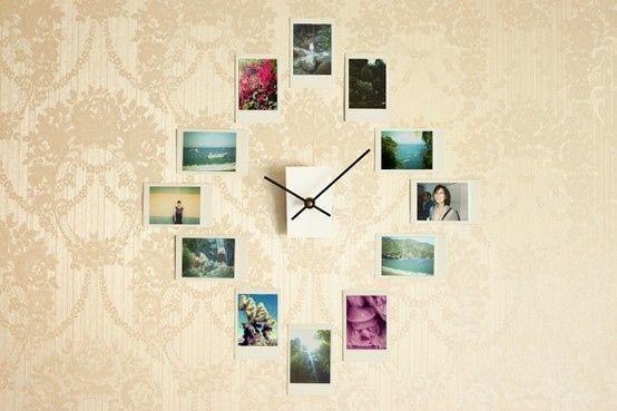 Réalisez une horloge murale à partir de photos d'Instagram ou de Polaroids.