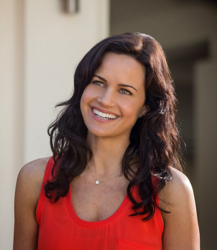 Photo of Carla Gugino in San Andreas