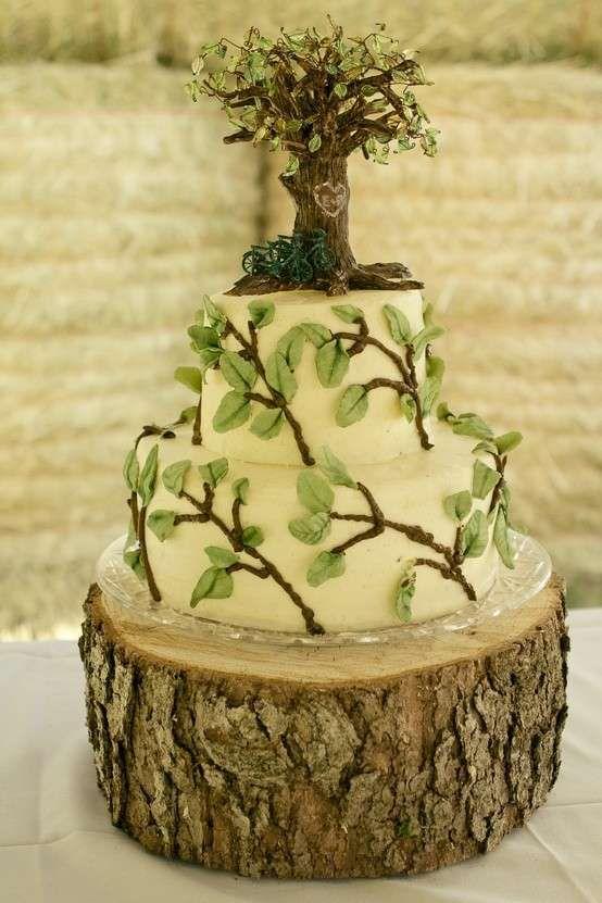 Foto di torte nuziali particolari - Torta nuziale a tema albero