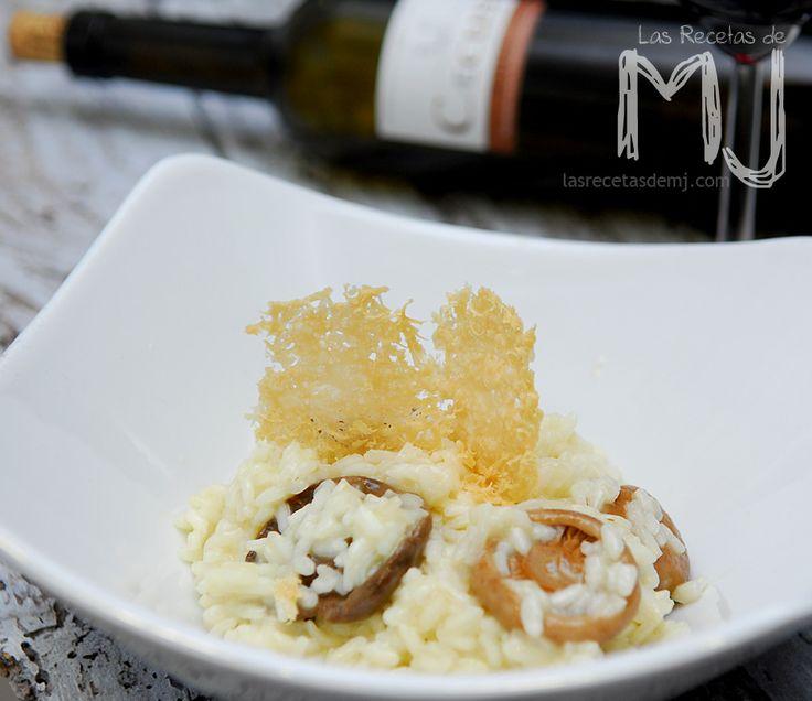 Risotto con bolets y galleta de parmesano / Risotto with mushrooms and parmesan cookie