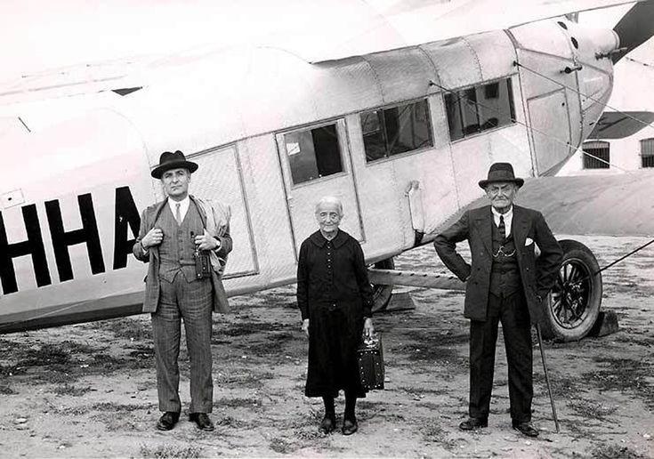 Primeros viajeros de Iberia en Cuatro Vientos