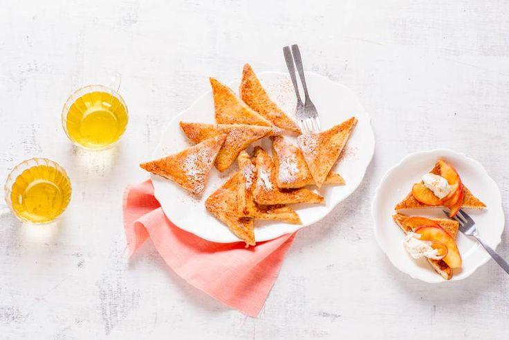Weet je nog, uit grootmoeders keuken? Brood met ei, vanillesuiker, kaneel en melk. Nog even bakken… Eet smakelijk! - Recept - Allerhande