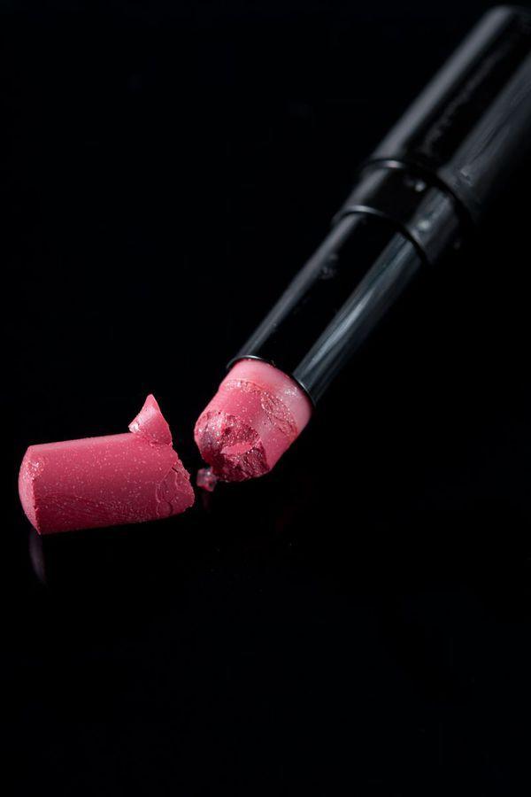 8 tips om gebroken make-up te herstellen - Girlscene