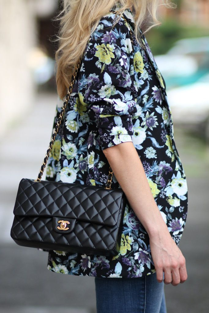44db04499441 Pin by Tania Jonker on Clothing and Style | Fashion bags, Chanel street  style, Fashion