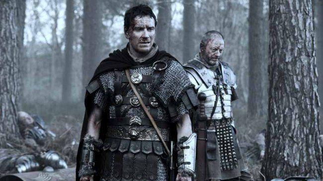 """Michael aka Quintus Dias e Liam Cunningham aka Ubriculius in """"Centurion"""". film che, nonostante le critiche non favorevolissime, a me è piaciuto molto"""