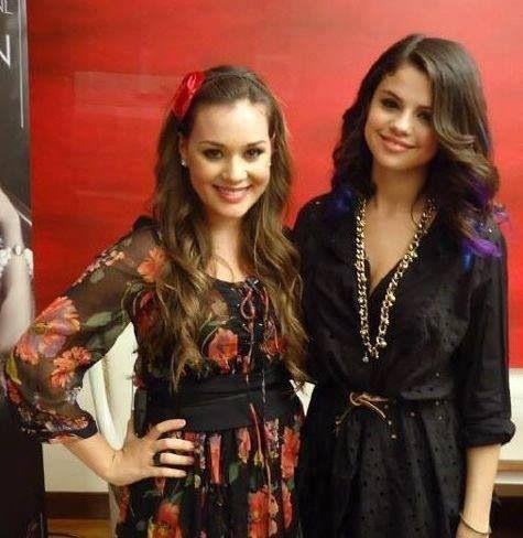 Valeria y Selena