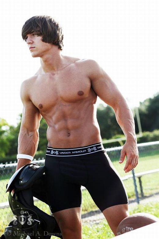 Models Under 21: 32 Best Awesome Football Butts Images On Pinterest