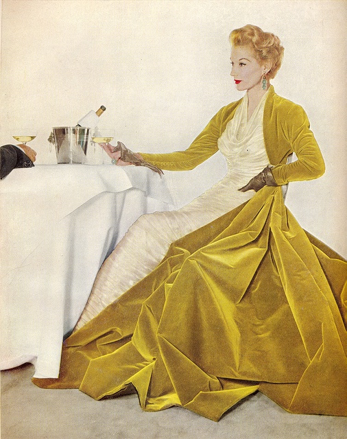 This is a Lisa Fonssagrives gown from a 1955 Modess advertisement.  Yes, you read that right.  Modess as in sanitary napkins.