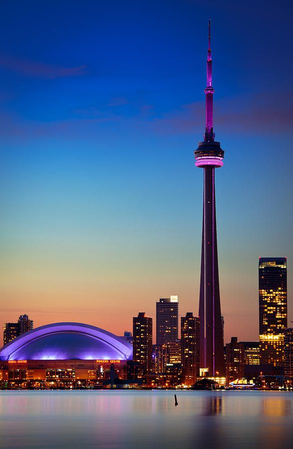 Cn Tower At Dusk Toronto Skyline Downtown Toronto Toronto City