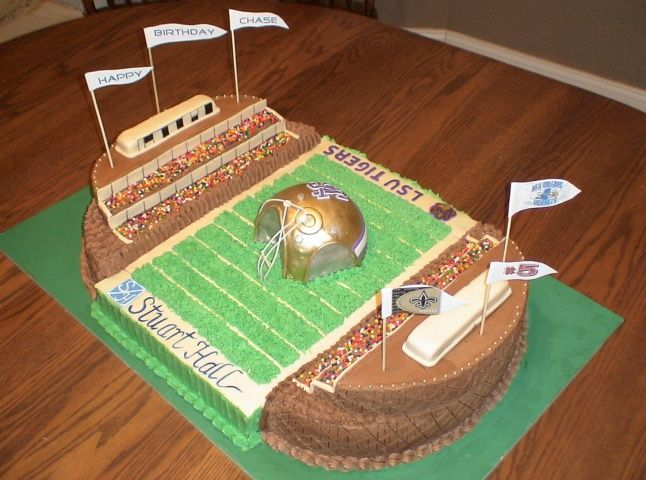 football stadium cakes   CHARISMA CAKES - Cakes with character!!