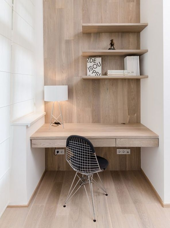 Love the simplicity and the timber of this study desk...