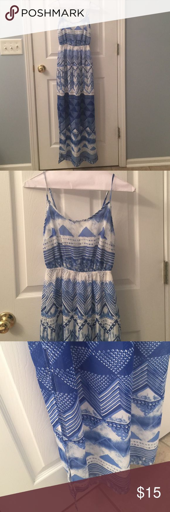Blue and White Maxi Dress! Old Navy Blue and White Maxi Dress.  Fully lined with adjustable straps, clinched waist, and side splits.  Beautiful dress. Old Navy Dresses Maxi