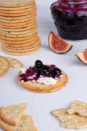 Baby Shower Finger Food Ideas: Crackers with Cream Cheese & Jam