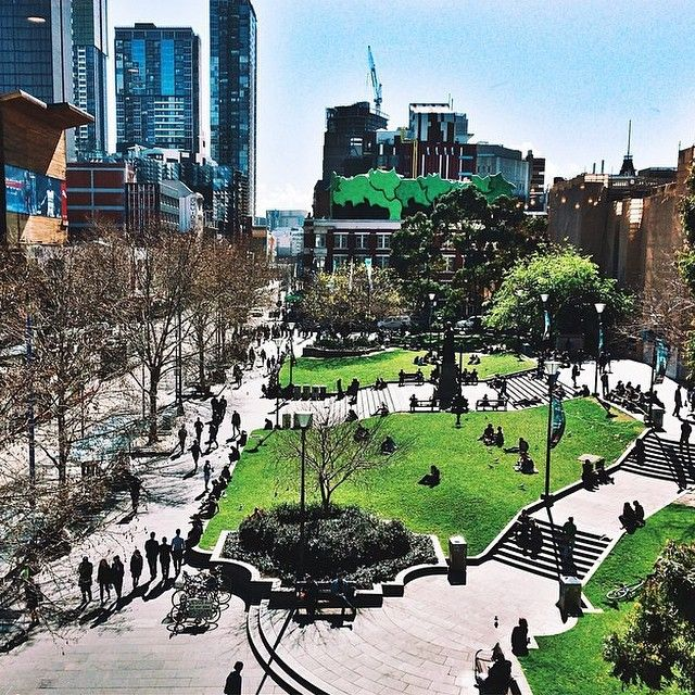 Swanston Street outside the State Library of Victoria on a fine spring day. Photo by @raycamndaisy #visitmelbourne #seeaustralia