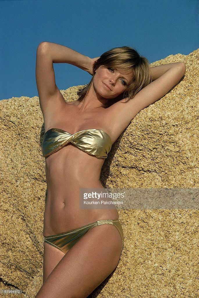 News Photo : Model Cheryl Tiegs poses for the 1976 Sports...