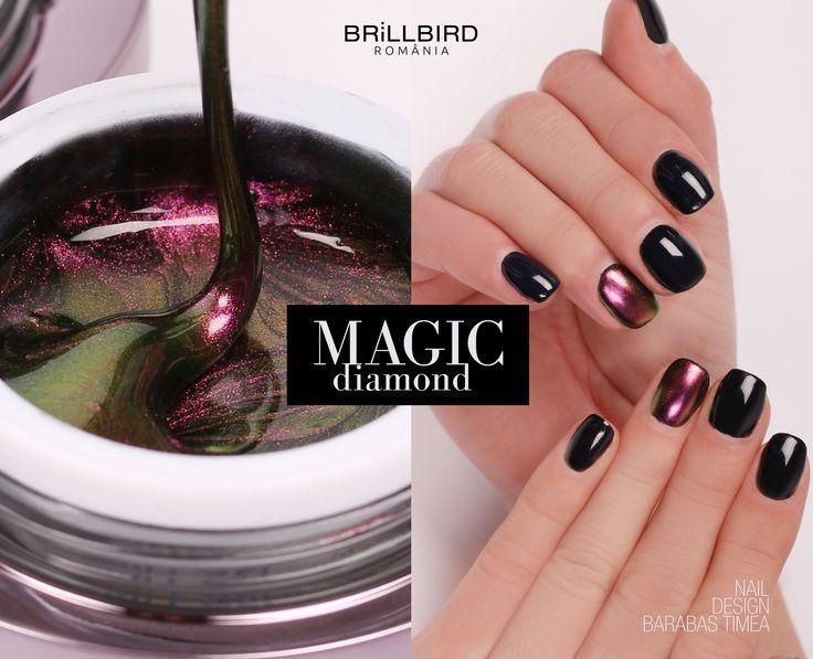 Unghii false din gel Color Magic Diamond de la BrillBird.