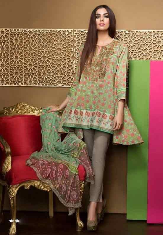 7098dc445b Pakistani Lawn Dresses Stitching Designs For Girls In 2019 in 2019 | short  frock | Pakistani dresses, Dresses, Indian designer wear
