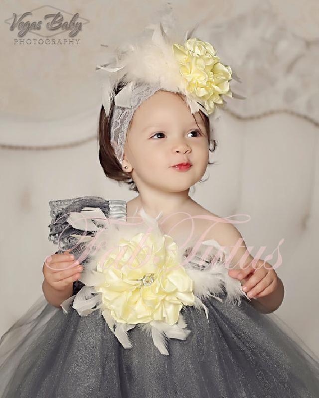 シルバーグレー☆ワンショルダーのふんわりチュチュドレス♪イエローの花飾り付き!