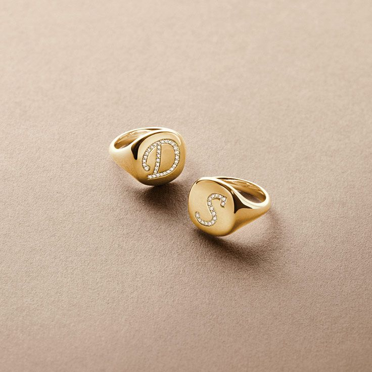 dy initial pinky rings in 18k gold with diamonds
